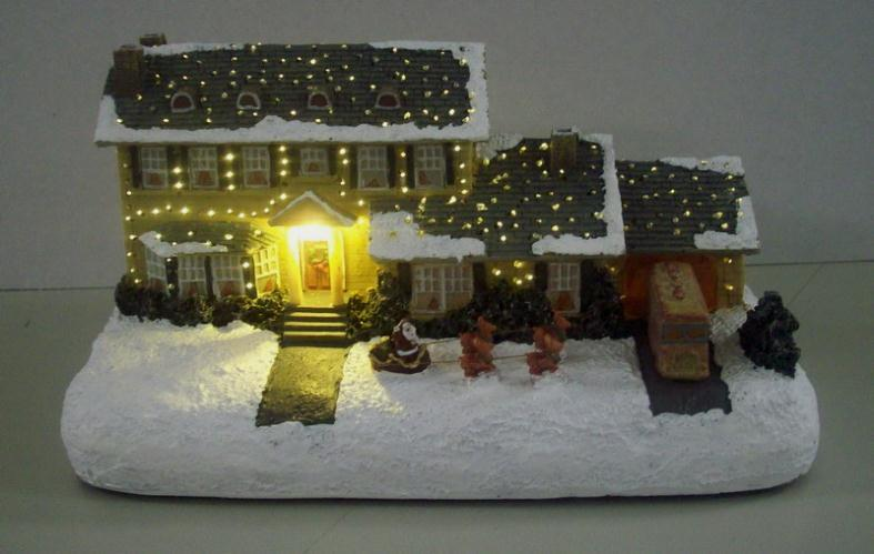 National Lampoon Christmas Vacation Griswald House Mark Klaus